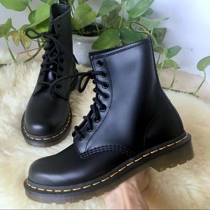 NEW! DR MARTENS Black Leather 8 Eye Combat Boots 6
